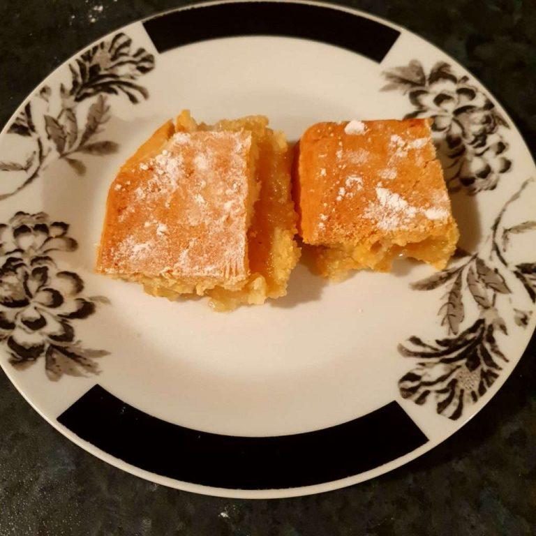 Honey Apple Shortcake - Honey Recipes By Manawa Honey NZ, Ruatahuna, Te Urewera, New Zealand